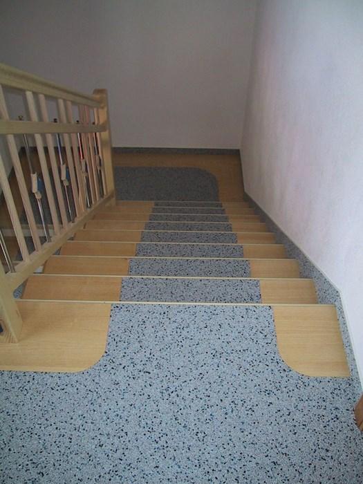 Teppich Auf Treppe Verlegen Ist Ein Kinderpiel Mit Den Renoprofil Treppenprofilen